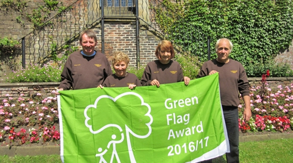Clay House Park win Green Flag Award for the first time